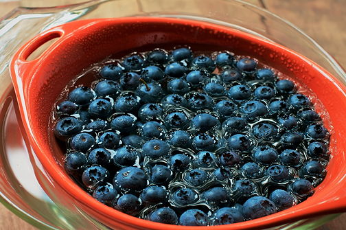 Blueberry sieve bowl 3
