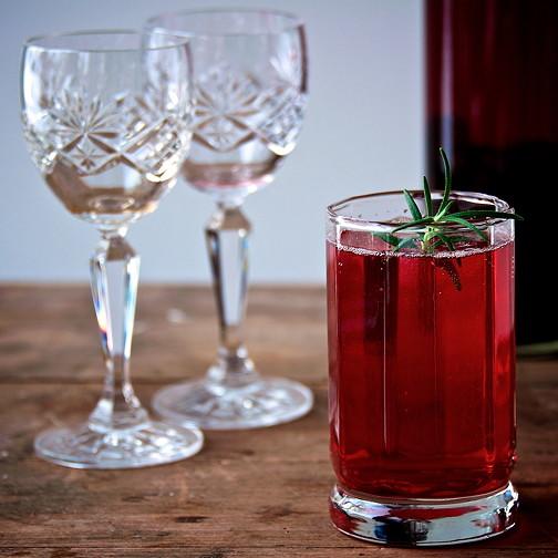 Sloe gin fizz 10