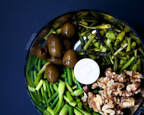 Garlic scape pesto 2